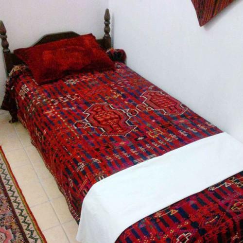 تختخواب سنتی