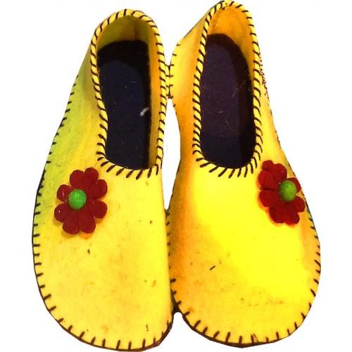 کفش نمدی دخترانه زرد 303